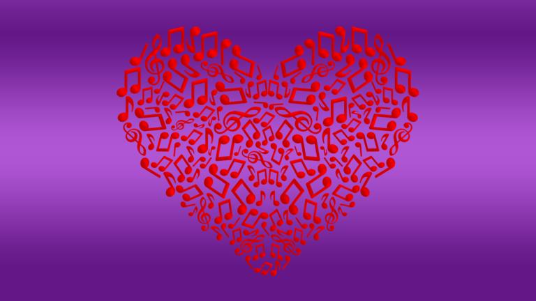 Serce z maleńkich, czerwonych nut i kluczy wiolinowych na tle fioletowym